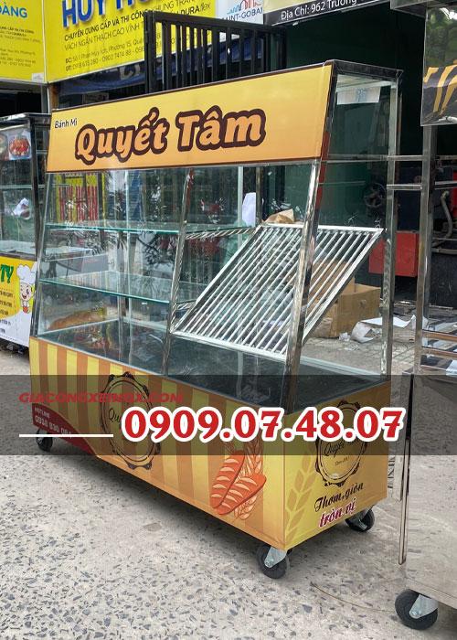 Tủ kính bán bánh mì 1m4